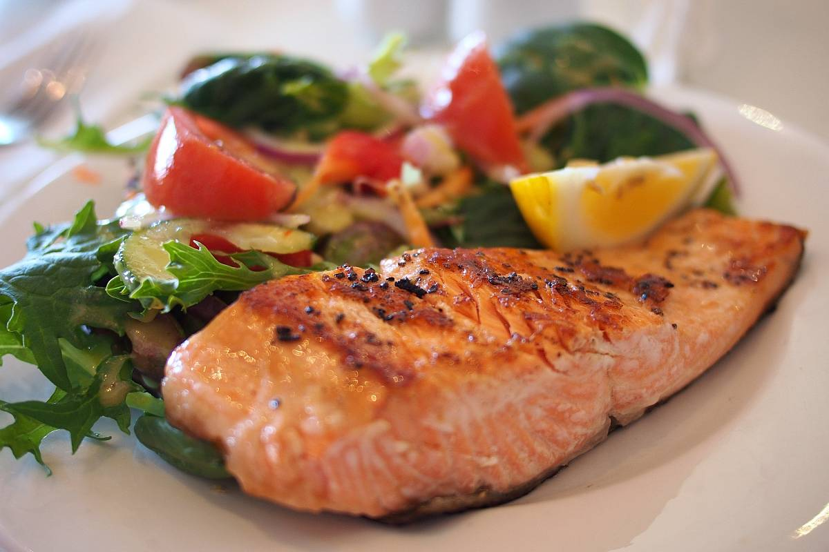 Come to De Robertis to enjoy this mouthwatering and flavoursome fish, Salmon